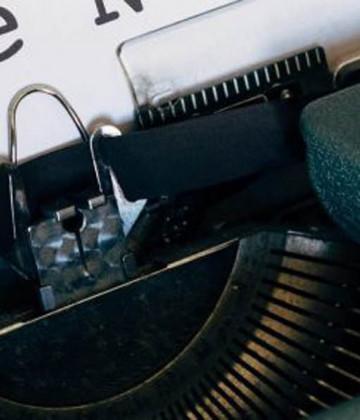 typewriter fake news